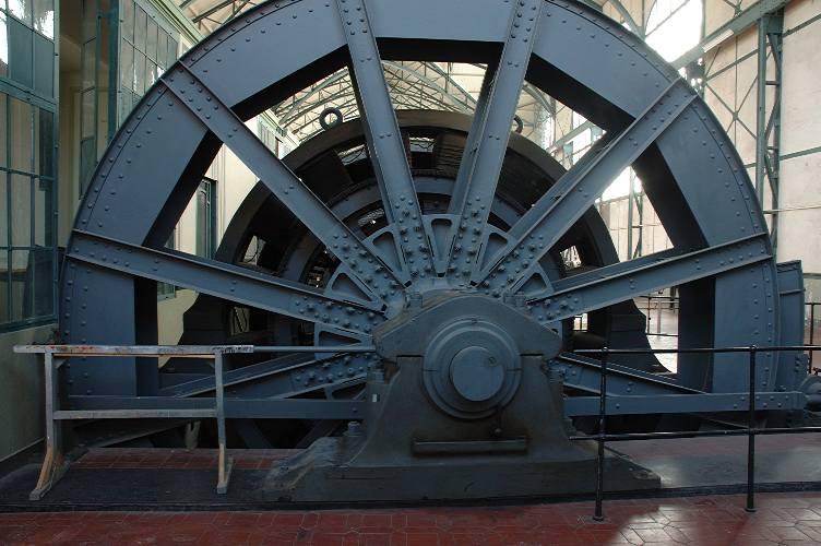 Schwnungrad am Generator