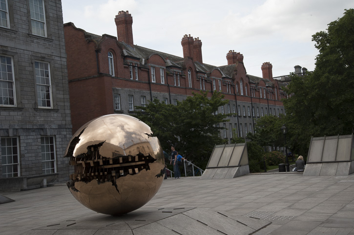 Dublin: Docklands und Trinity College